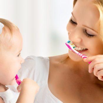 Как ухаживать за зубами в домашних условиях